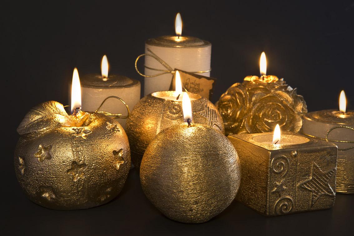 Lindas velas douradas da Velas Mágica